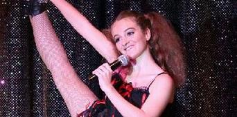 Envol : Mélanie DUFRIER danseuse de Comédie Musicale 2015