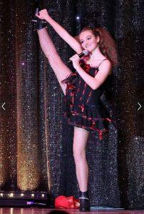 Mélanie DUFRIER danseuse de Comédie Musicale 2015